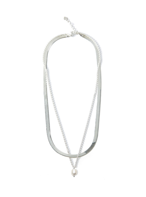 Pearl Layered Necklace in Silver VX0SX0400