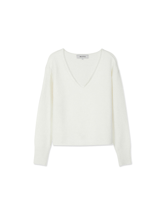 Textured V Neck Knit in White VK8WP0500