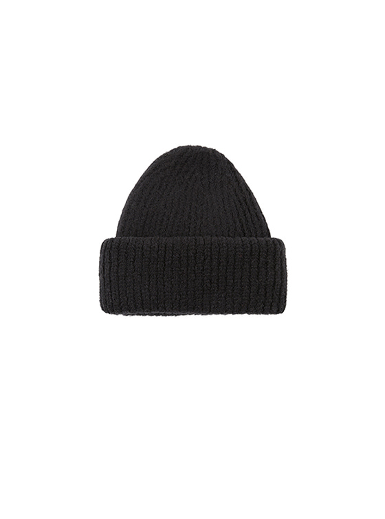 Soft Knit Beanie in Black VK8WA0900