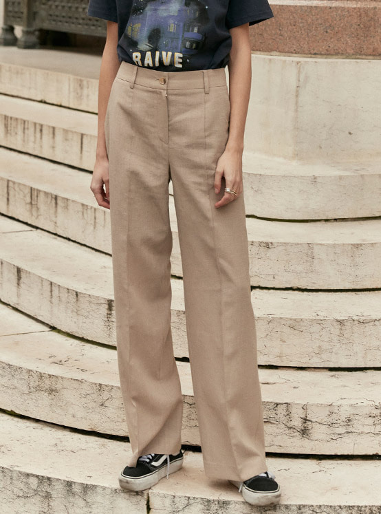 Pintuck Stitched Pants in Beige_VW0SL1040